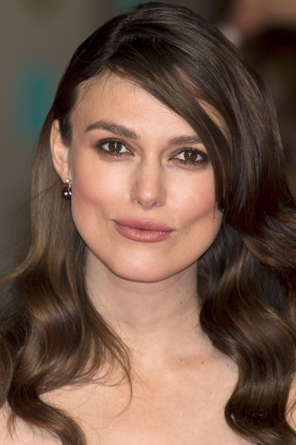 Keira Knightley, Mid Length (View 11 of 20)