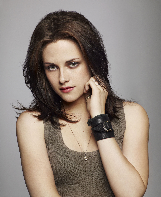 Kristen Stewart (View 9 of 20)