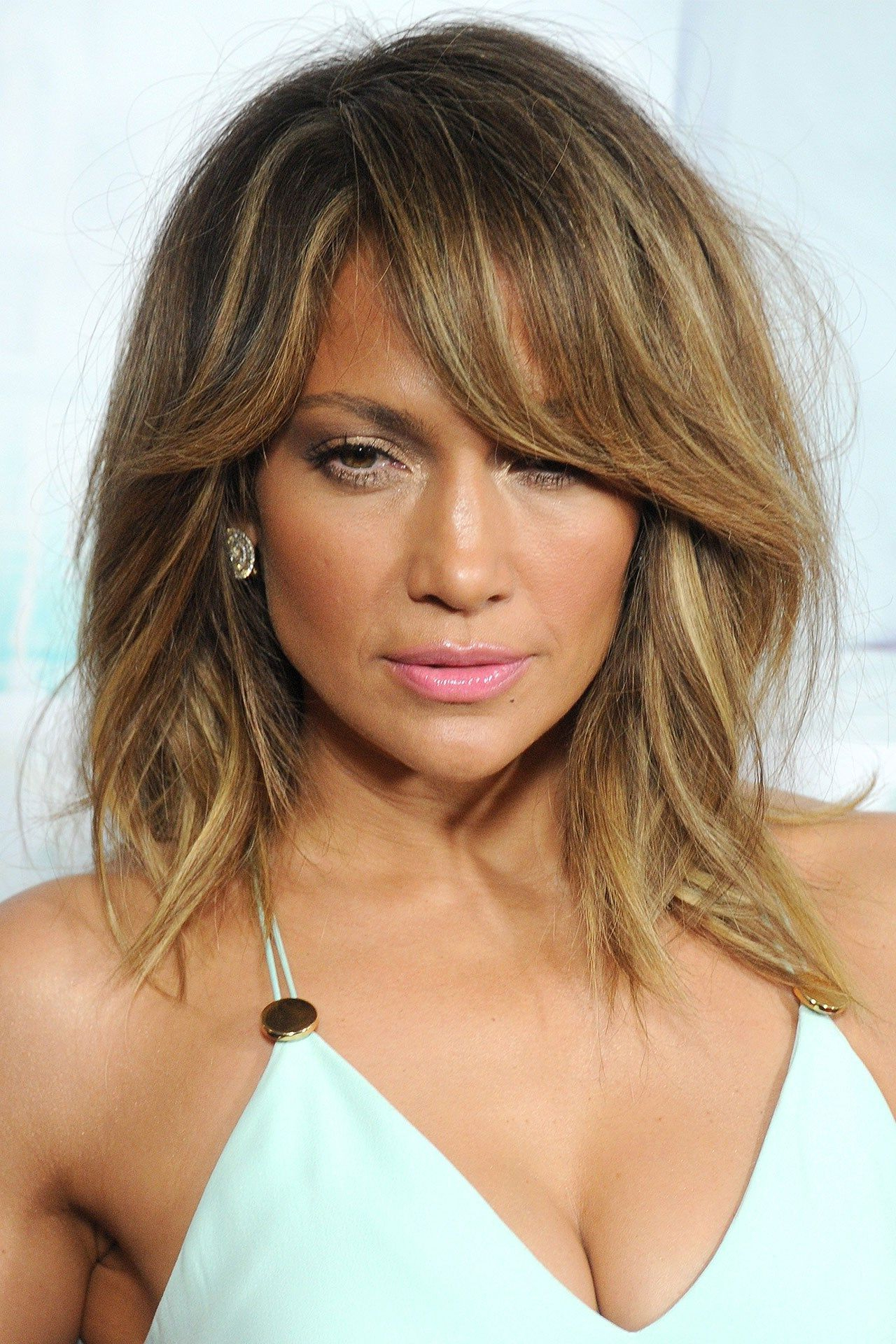 Latest Jennifer Lopez Medium Haircuts With Jennifer Lopez: The Best Beauty Looks Over The Years (View 13 of 20)
