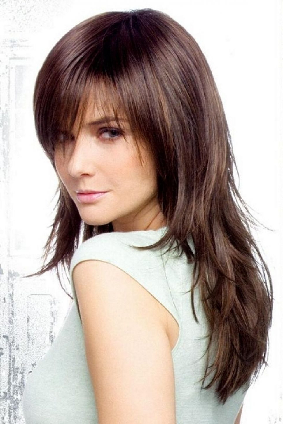 Latest Medium Haircuts With Layers And Side Swept Bangs With Regard To Hair Cuts : Remarkable Medium Haircuts With Bangs And Layers For (View 10 of 20)