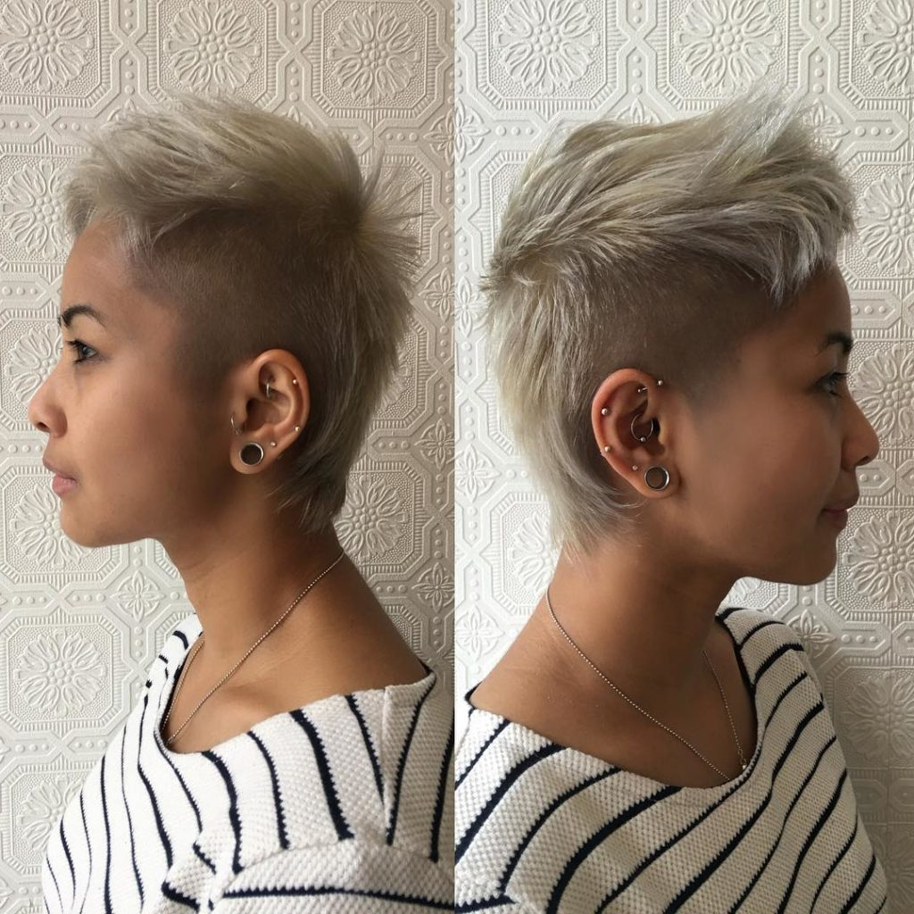 Latest Platinum Fauxhawk Haircuts Throughout Women's Short Platinum Blonde Mullet With Shaved Sides And Textured (Gallery 13 of 20)