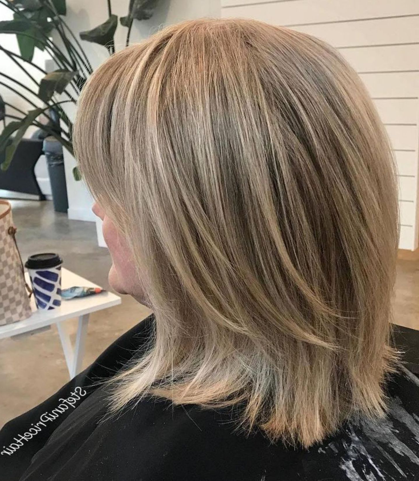 Latest Straight Rounded Lob Hairstyles With Chunky Razored Layers Regarding 80 Best Modern Hairstyles And Haircuts For Women Over 50 (Gallery 14 of 20)
