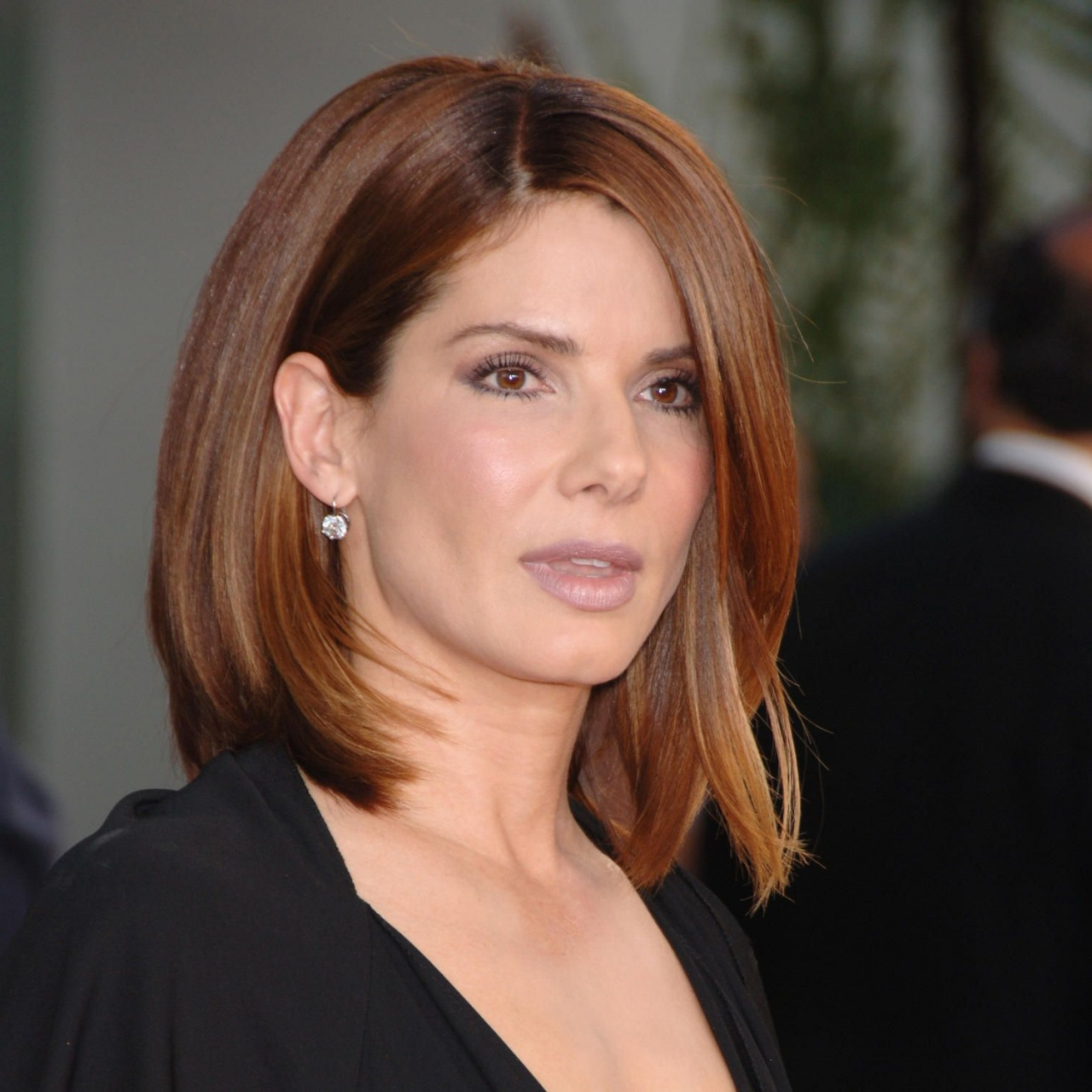 Mccarthy And Sandra Bullock 10 Medium Haircuts For Straight Hair Intended For Most Popular Medium Haircuts Straight Hair (View 11 of 20)