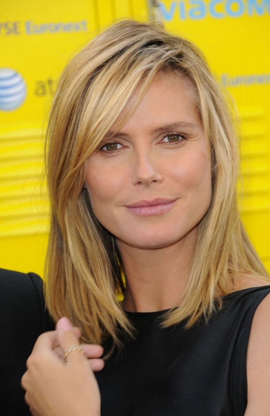 Medium Hairstyle : Medium Length Straight Hair Mid Haircuts With Within 2018 Medium Haircuts With Side Bangs (View 13 of 20)