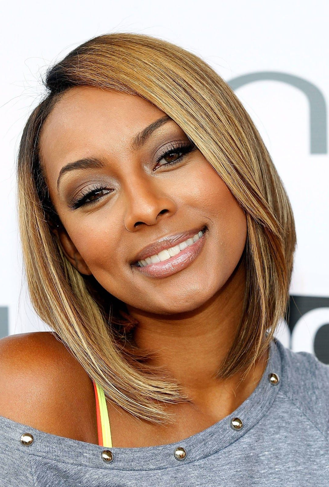 Featured Photo of Medium Haircuts For Black Women With Fine Hair