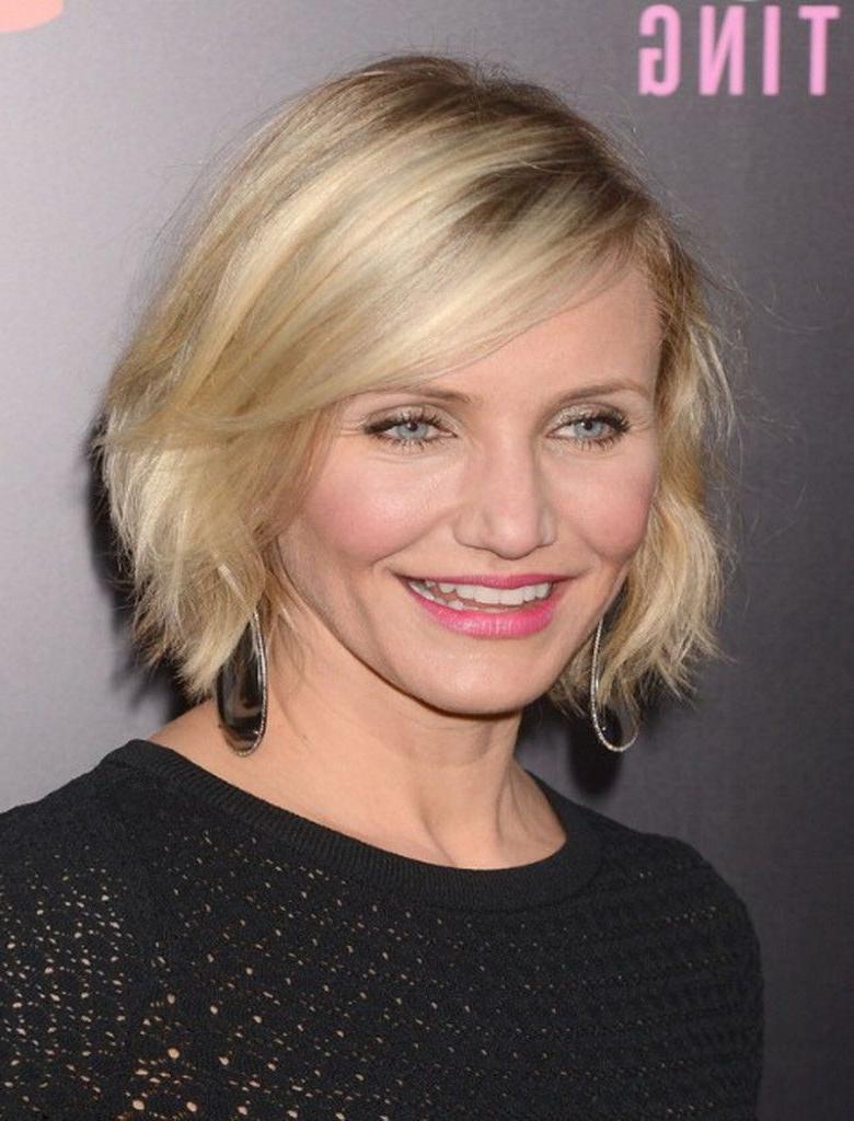 Medium Hairstyles For Women In Their In Best And Newest Medium Haircuts For Women In 40s (View 8 of 20)