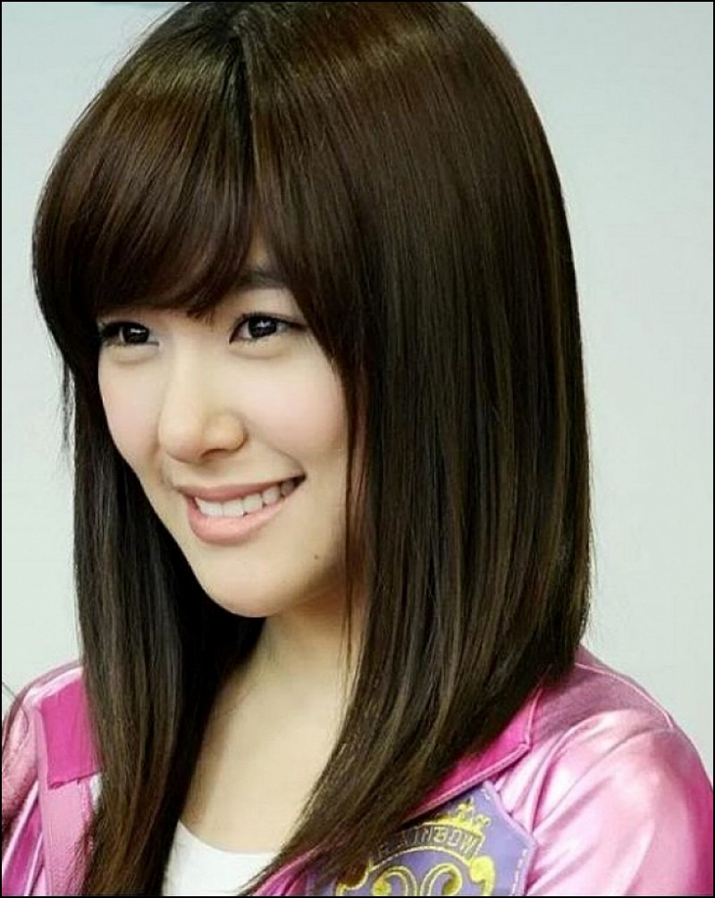 Photo Gallery Of Medium Hairstyles For Asian Round Face
