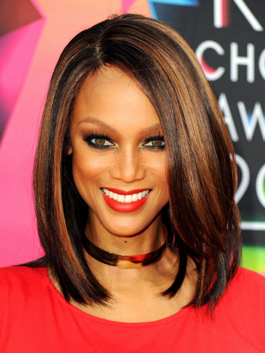 Medium Length Hairstyles Black Women 50 Best Medium Hairstyles For Intended For Preferred Medium Haircuts For Black Women (View 11 of 20)