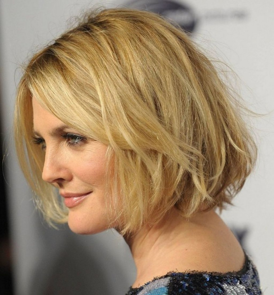 Medium Length Hairstyles For Women Over 50 With Glasses Mid Length For Most Popular Medium Haircuts With Glasses (View 13 of 20)