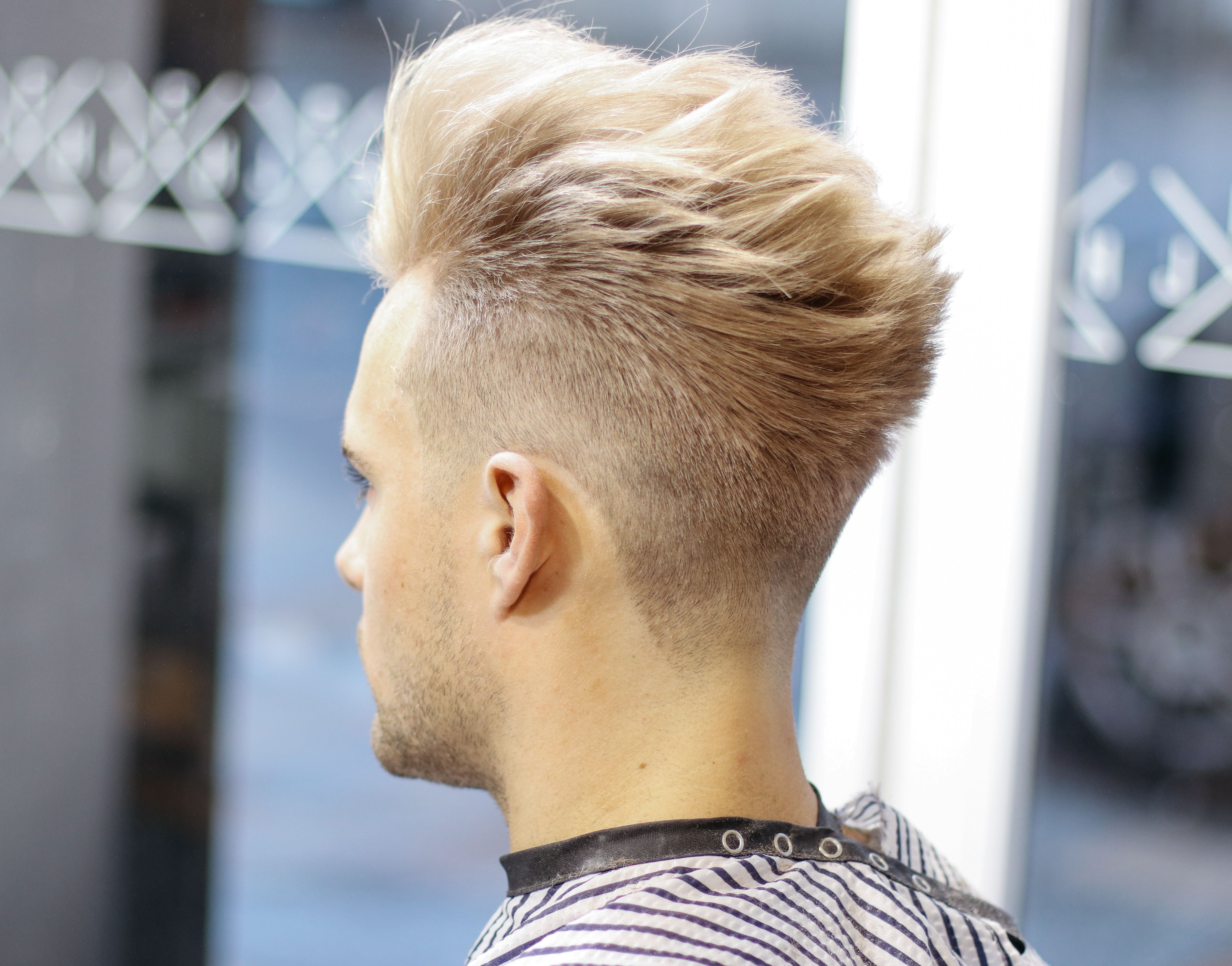 Men's Hair 2018 Platinum Blonde Pompadour X Clean Fade (View 6 of 20)