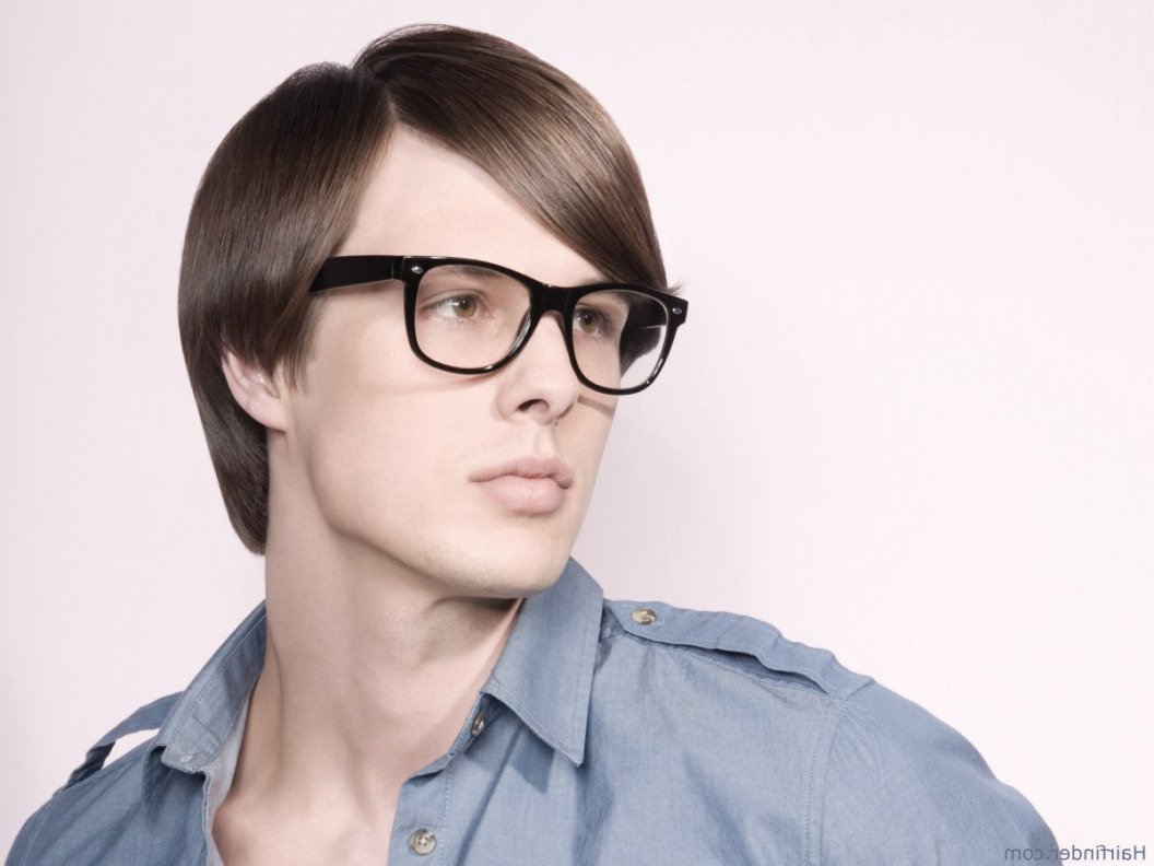 Men's Haircut For Wearers Of Glasses (View 16 of 20)