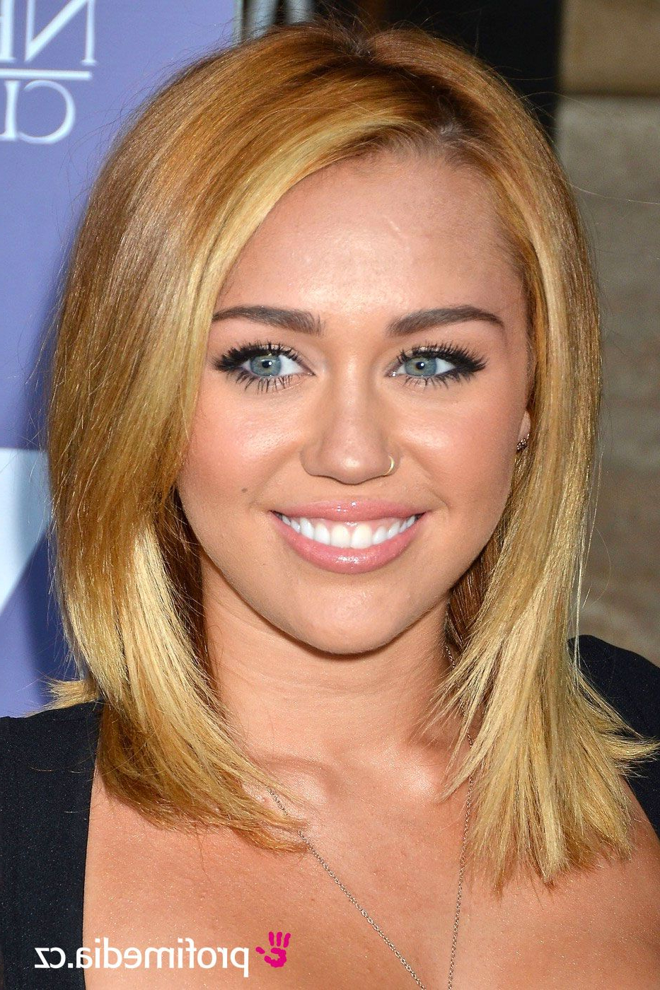 Miley Cyrus And (Gallery 8 of 20)