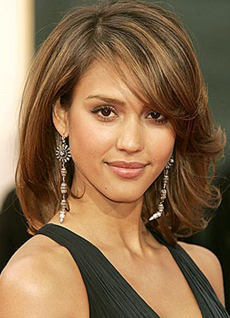 Most Popular Medium To Medium Haircuts For Thin Hair Throughout Women Hairstyle : Great Hairstyles For Thin Hair Amazing Medium (View 15 of 20)