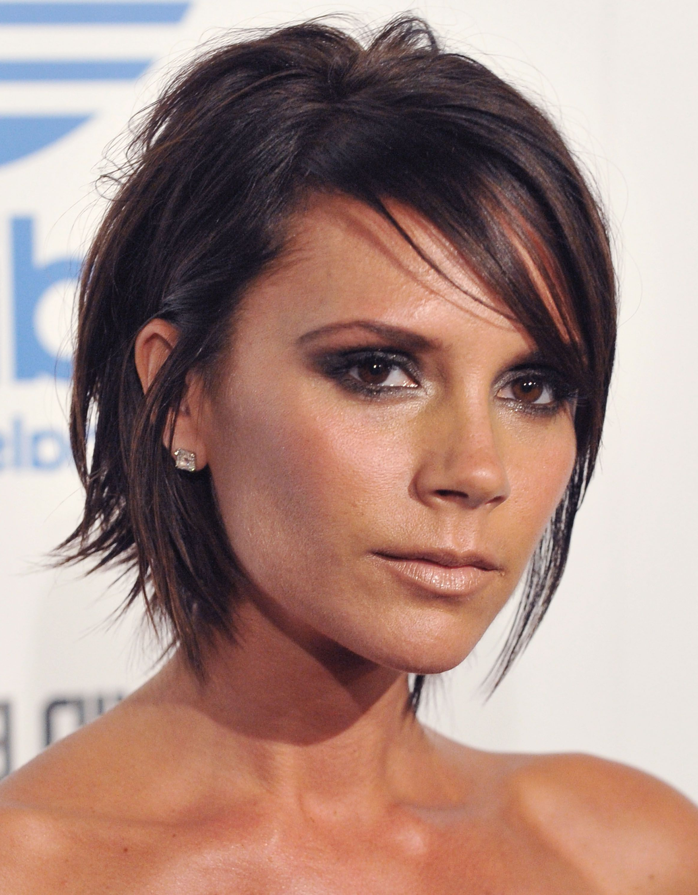 Most Popular Posh Spice Medium Hairstyles For The 12 Most Iconic Hairstyles Of All Time (View 11 of 20)