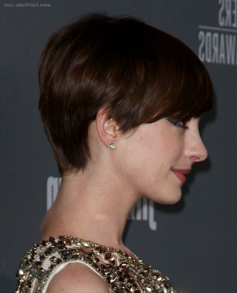 Most Recent Anne Hathaway Medium Haircuts Within Anne Hathaway (View 14 of 20)