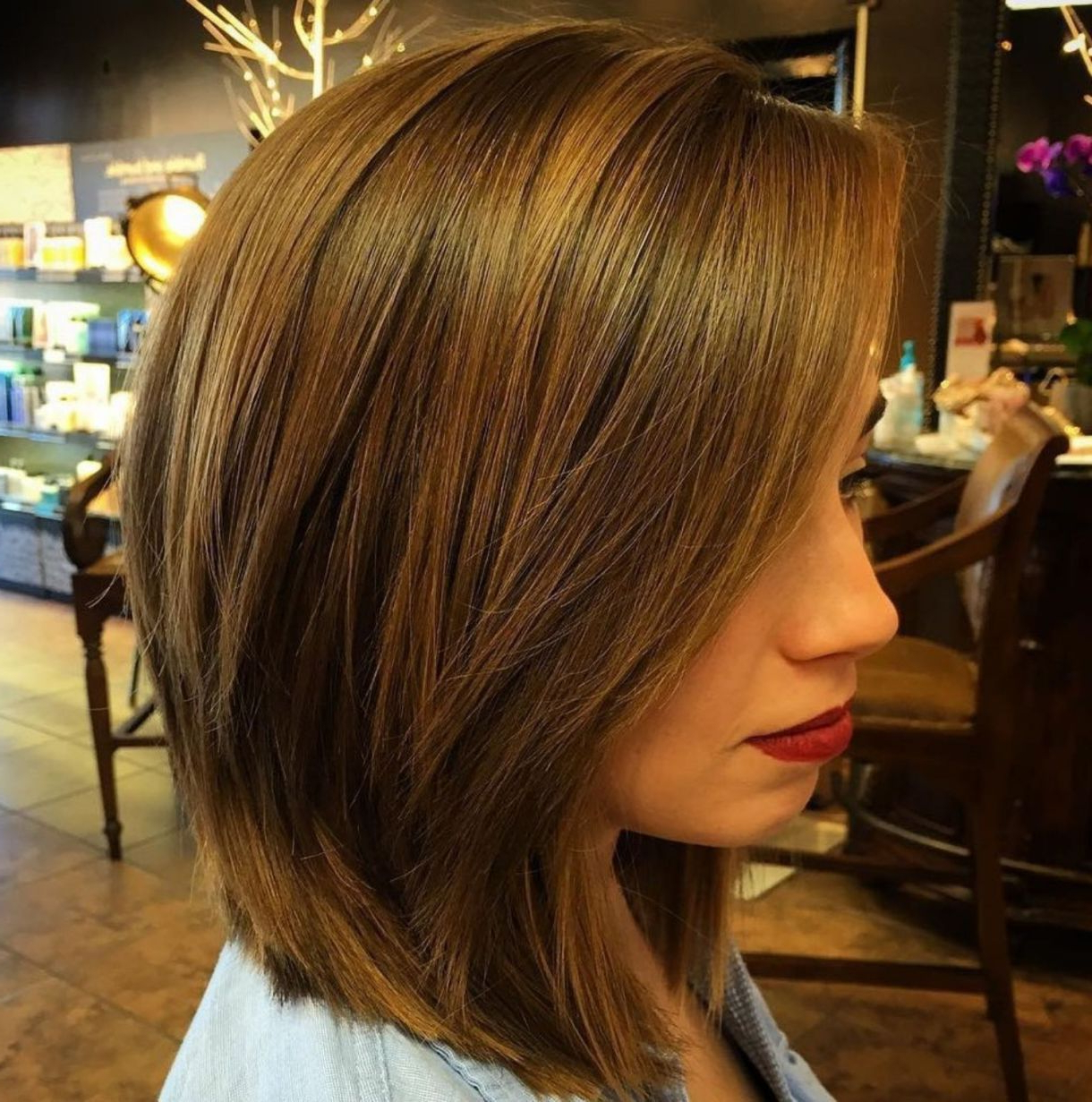 Most Recent Bob Haircuts With Symmetrical Swoopy Layers Inside 60 Layered Bob Styles: Modern Haircuts With Layers For Any Occasion (Gallery 20 of 20)