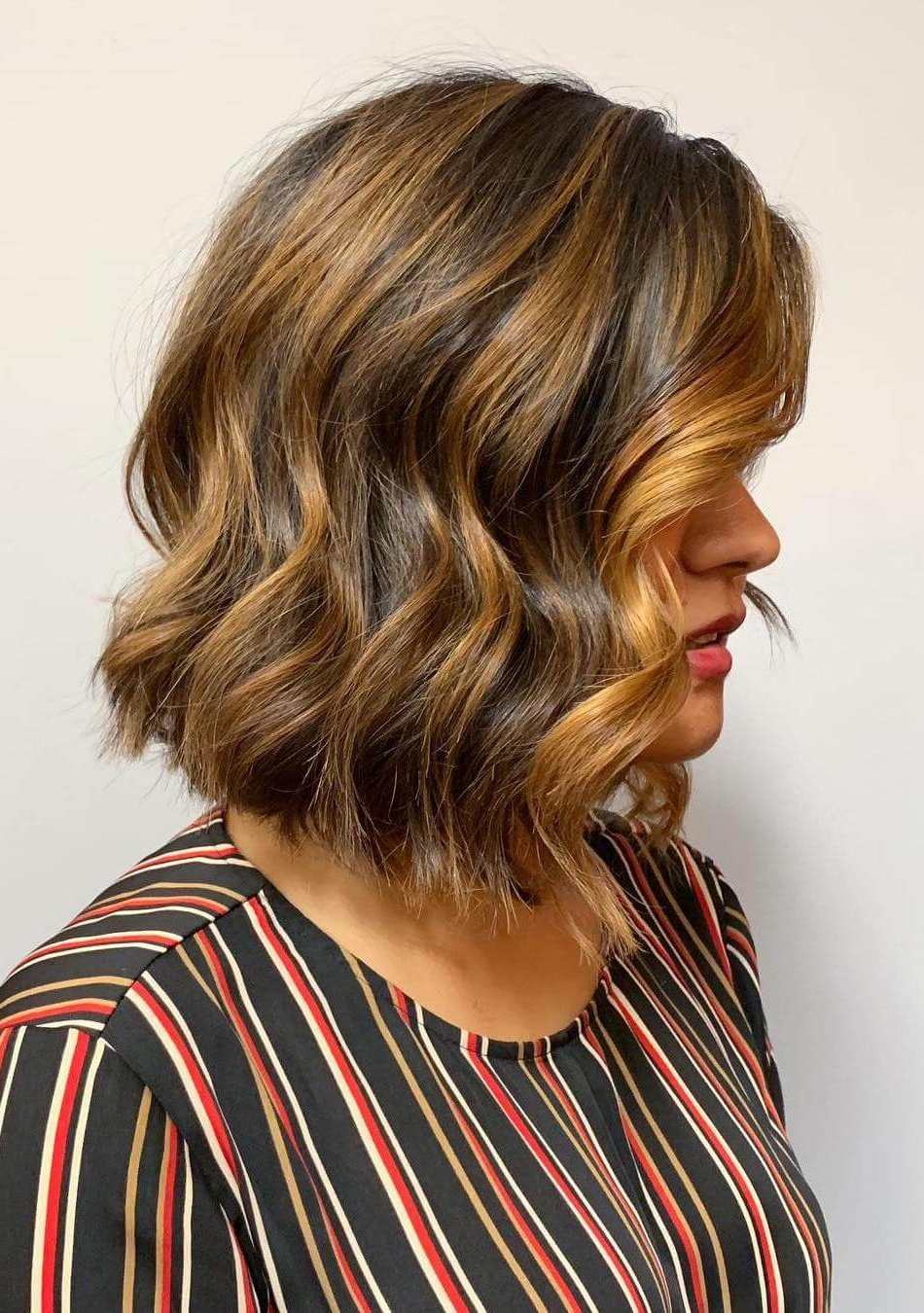 Most Recent Graduated Medium Haircuts Pertaining To 27 Graduated Bob Haircuts To Enhance Your Look – Haircuts (View 16 of 20)