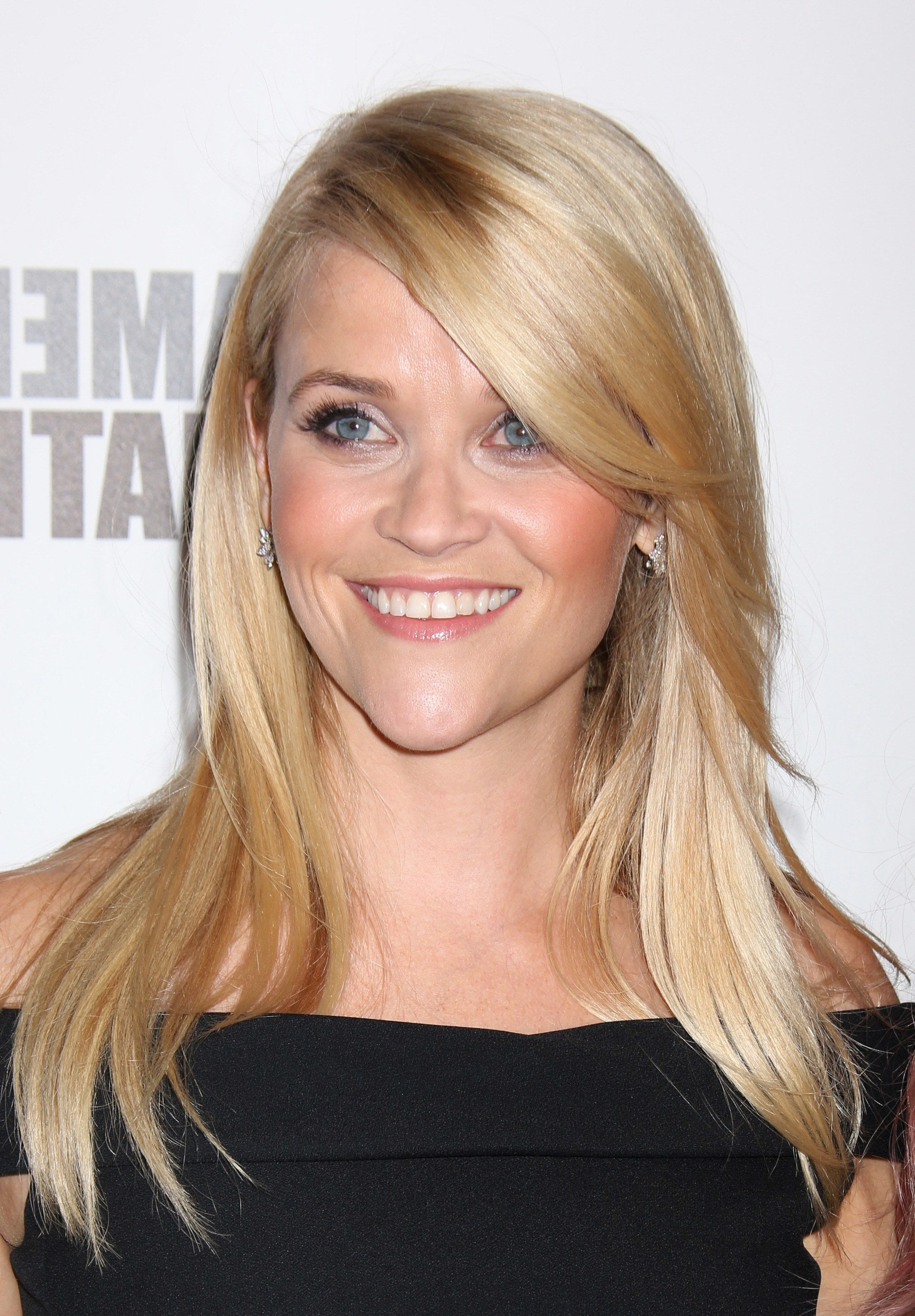 Most Recent Medium Hairstyles With Swoop Bangs Throughout Swoop Bangs: The Reese Witherspoon Look Making Us Want Side Fringes (View 13 of 20)