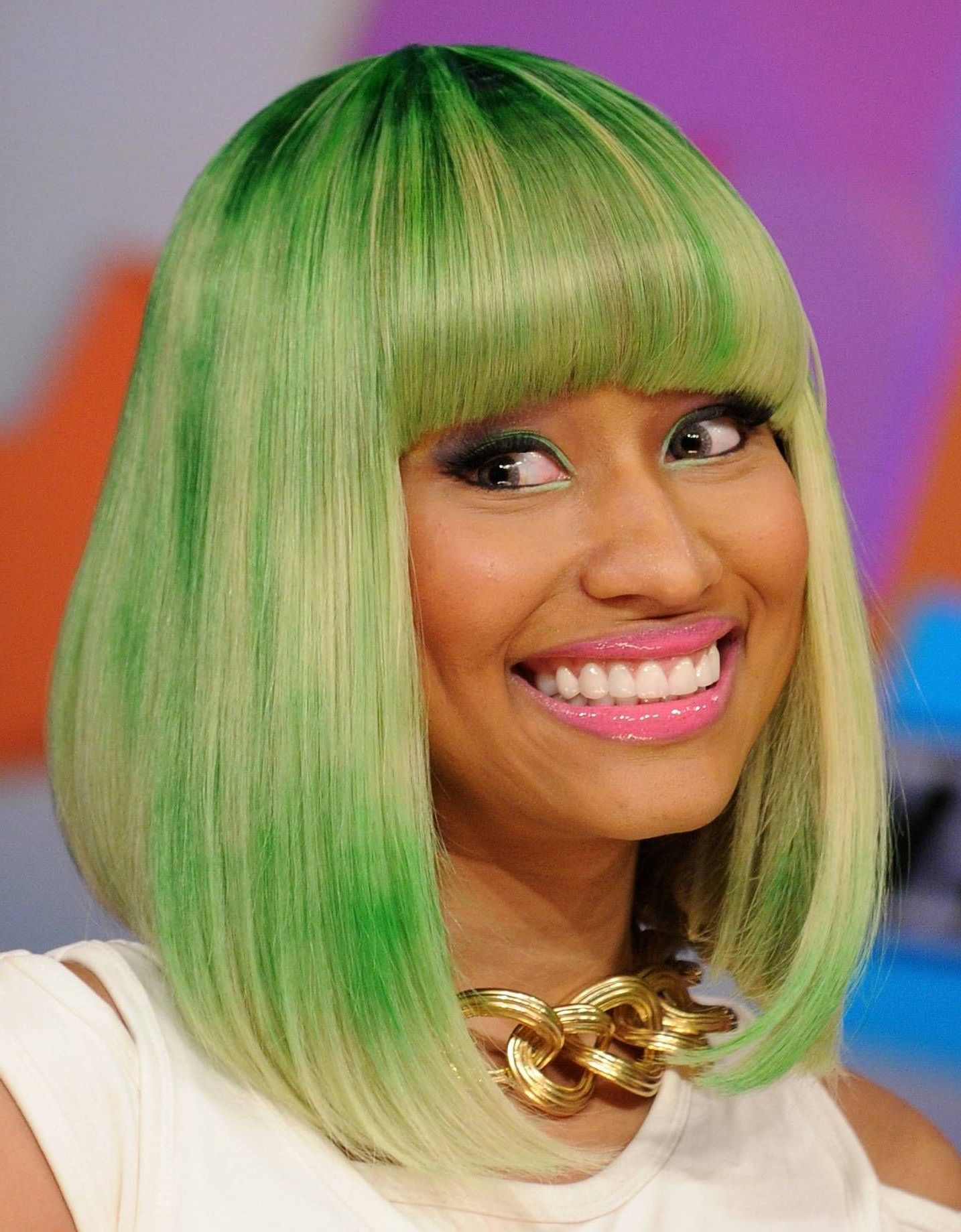 Most Recent Nicki Minaj Medium Haircuts Within 20 Ways To Wear Pastel And Bright Hair Colors (View 13 of 20)
