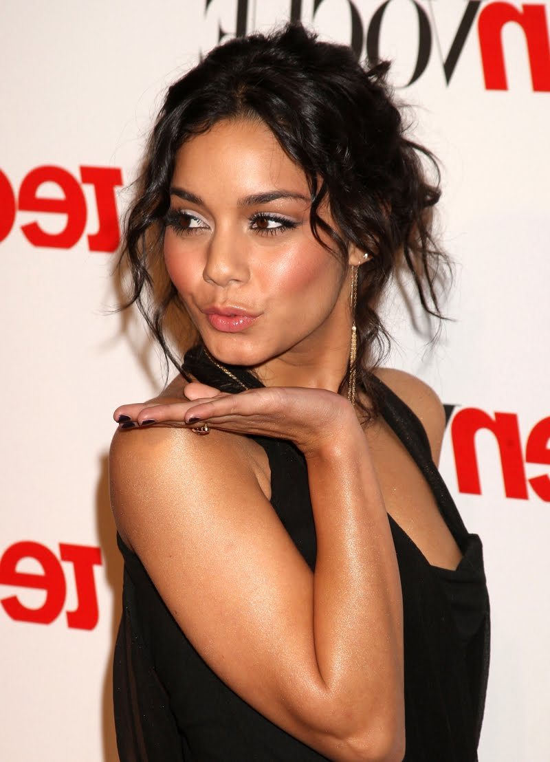 Most Recent Vanessa Hudgens Medium Hairstyles With Regard To Hairstyles And Haircuts: Vanessa Hudgens Hairstyles (View 11 of 20)