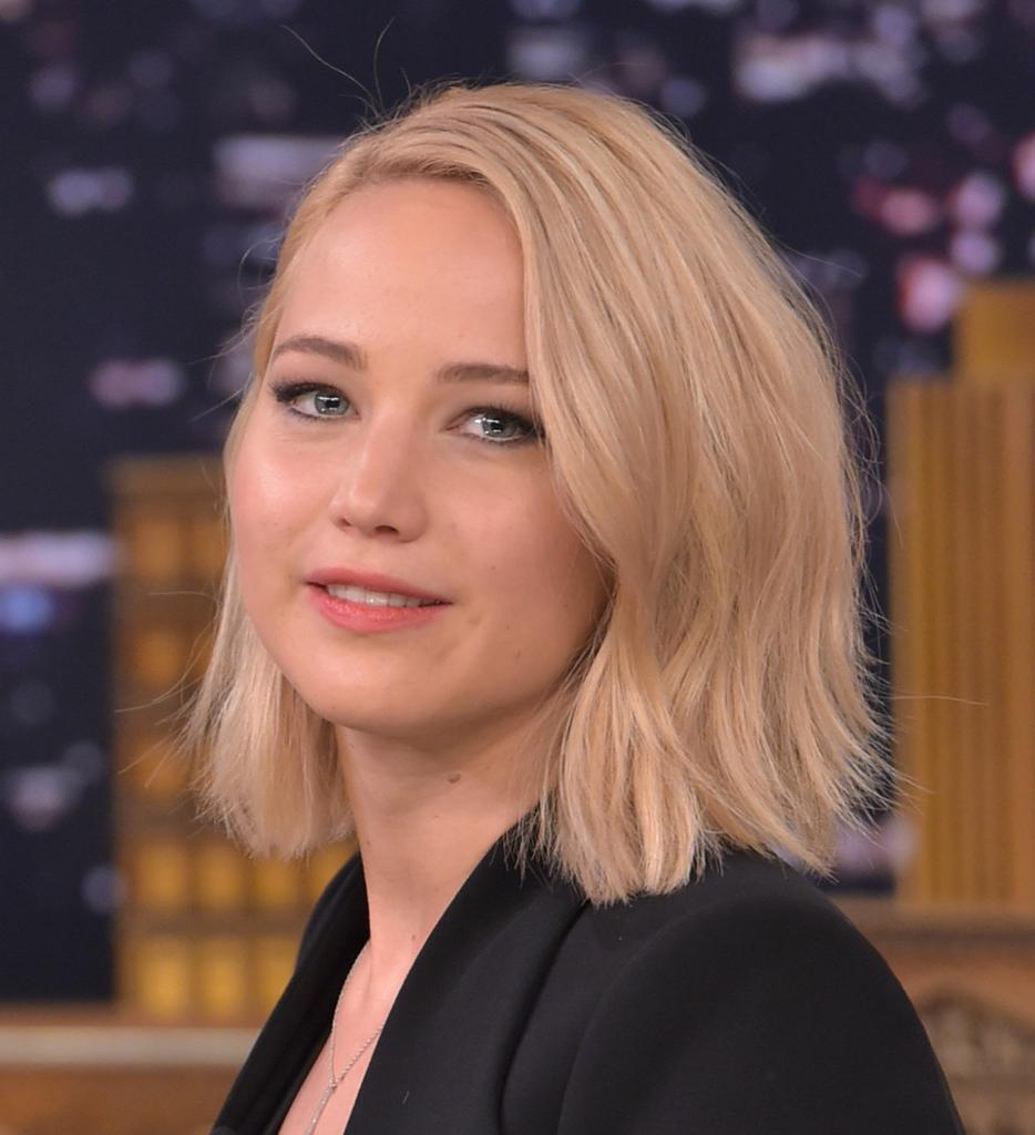 Most Recently Released Jennifer Lawrence Medium Hairstyles Inside Jennifer Lawrence Short Side Part – Jennifer Lawrence Short (View 15 of 20)