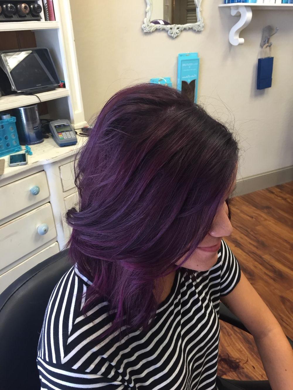 Most Recently Released Purple Medium Hairstyles Regarding Dark Purple Hair Medium Length (View 17 of 20)
