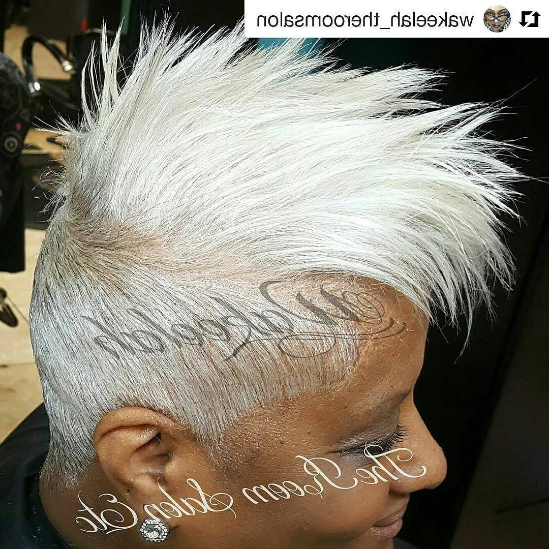 Most Recently Released Stunning Silver Mohawk Hairstyles For Stunning On Fleek (View 17 of 20)