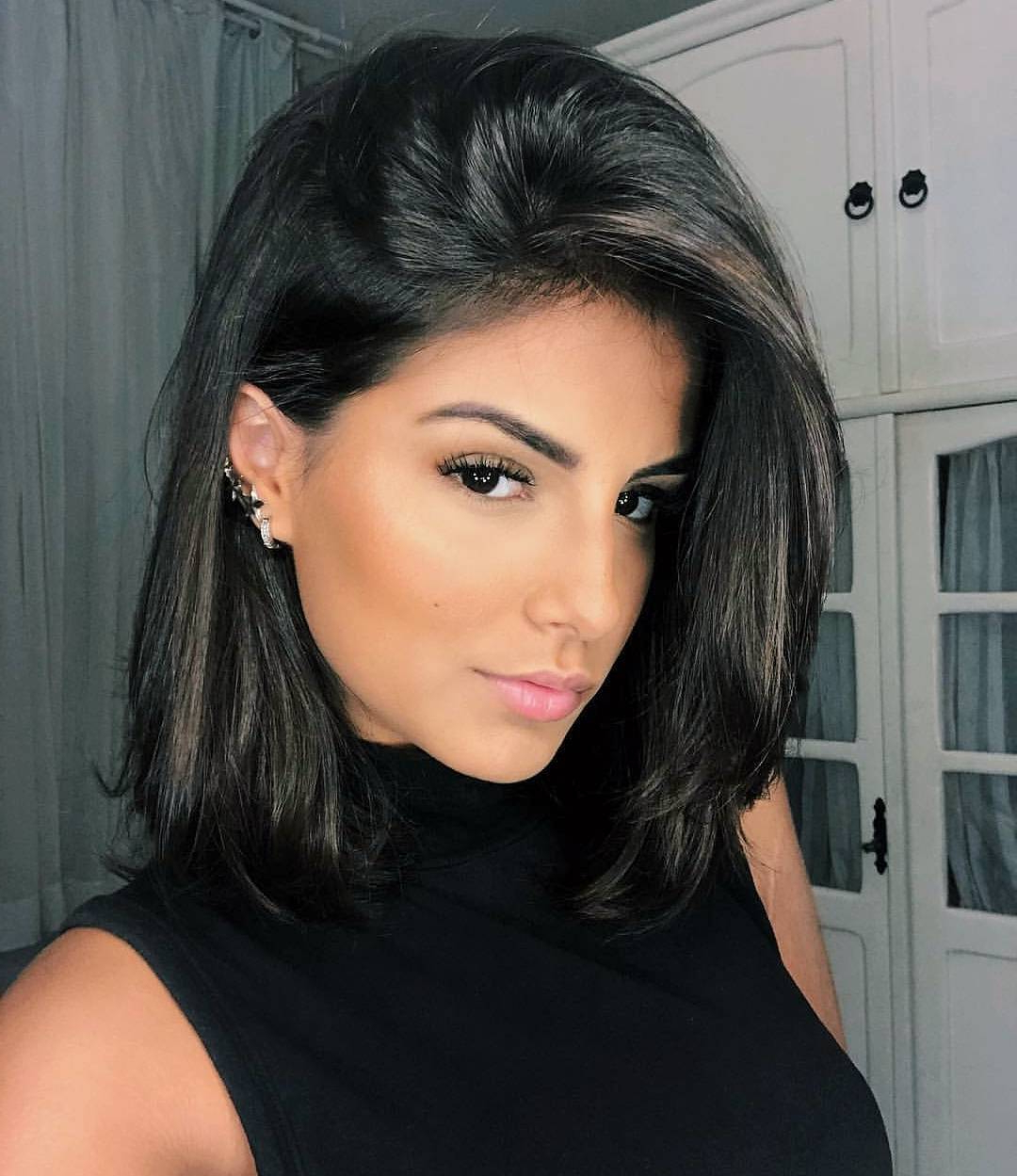 Most Up To Date Black Bob Medium Hairstyles Throughout 10 Super Cute And Easy Medium Hairstyles  (View 15 of 20)