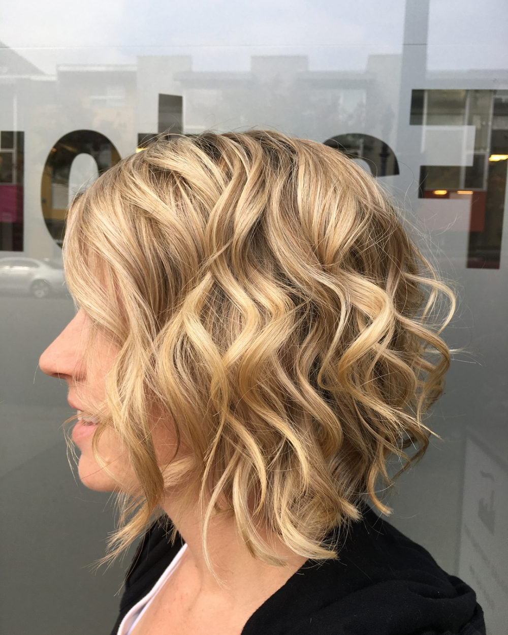 Most Up To Date Layered Wavy Lob Hairstyles Regarding 43 Greatest Wavy Bob Hairstyles – Short, Medium And Long In (View 12 of 20)