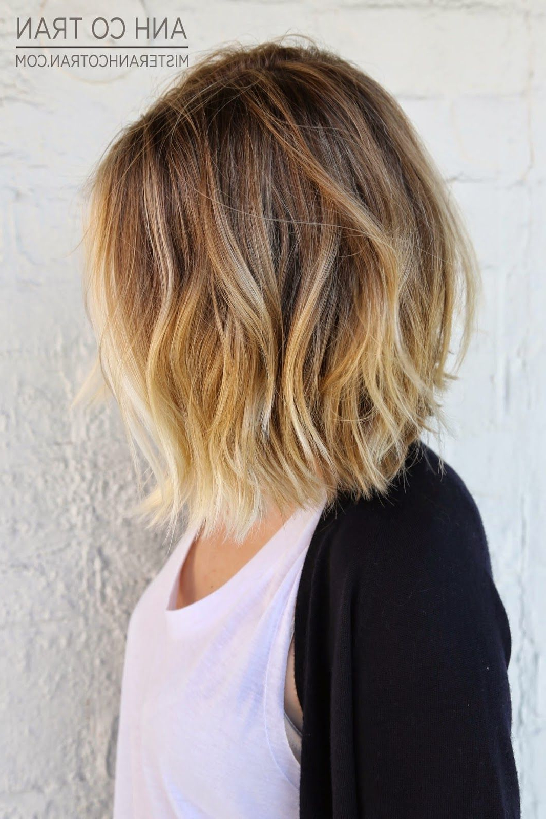 Most Up To Date Point Cut Bob Hairstyles With Caramel Balayage Pertaining To Mid Length Blunt Bobs Are One Of My Favorite And Most Timeless Cuts (View 16 of 20)