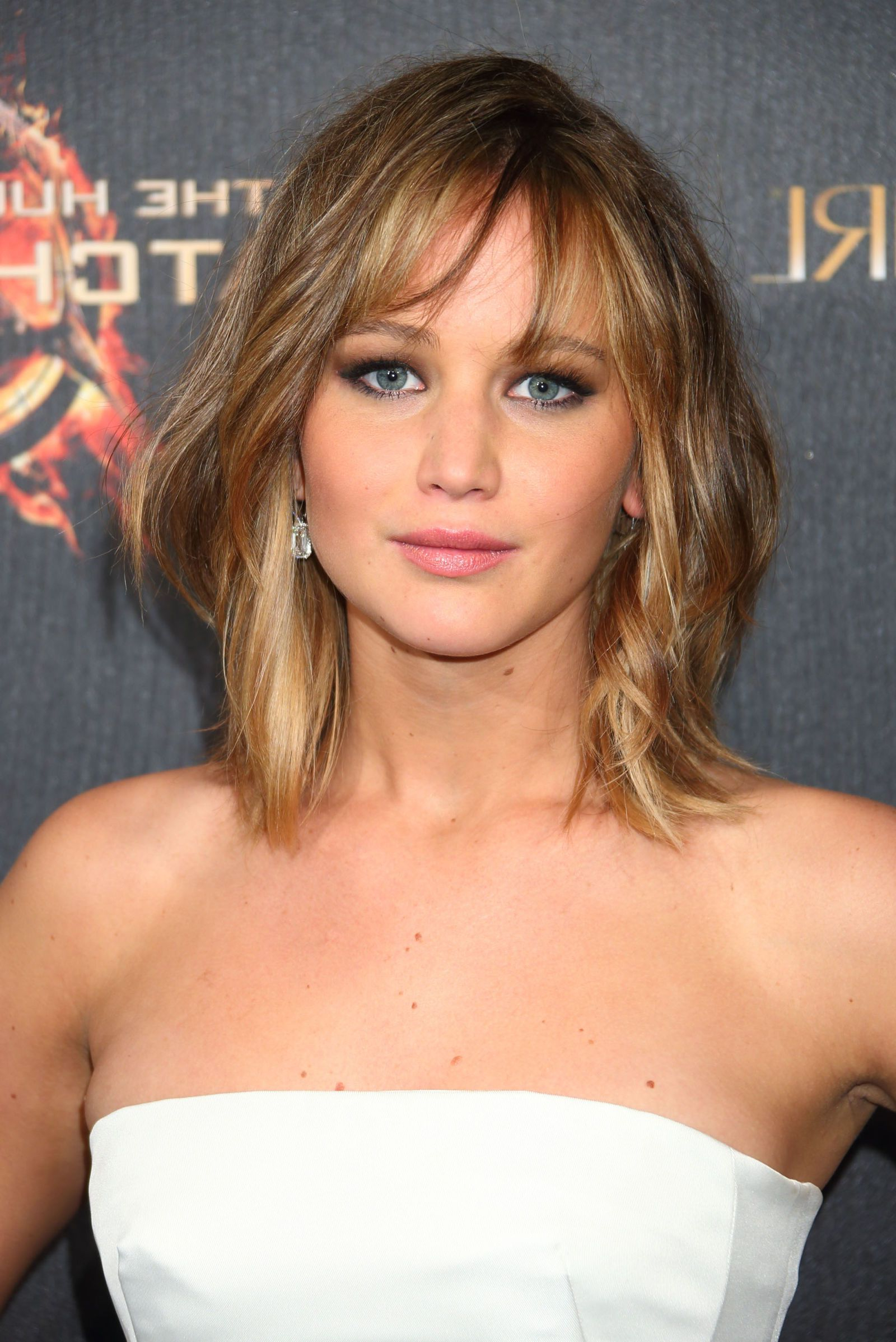 My Intended For Widely Used Jennifer Lawrence Medium Haircuts (View 16 of 20)