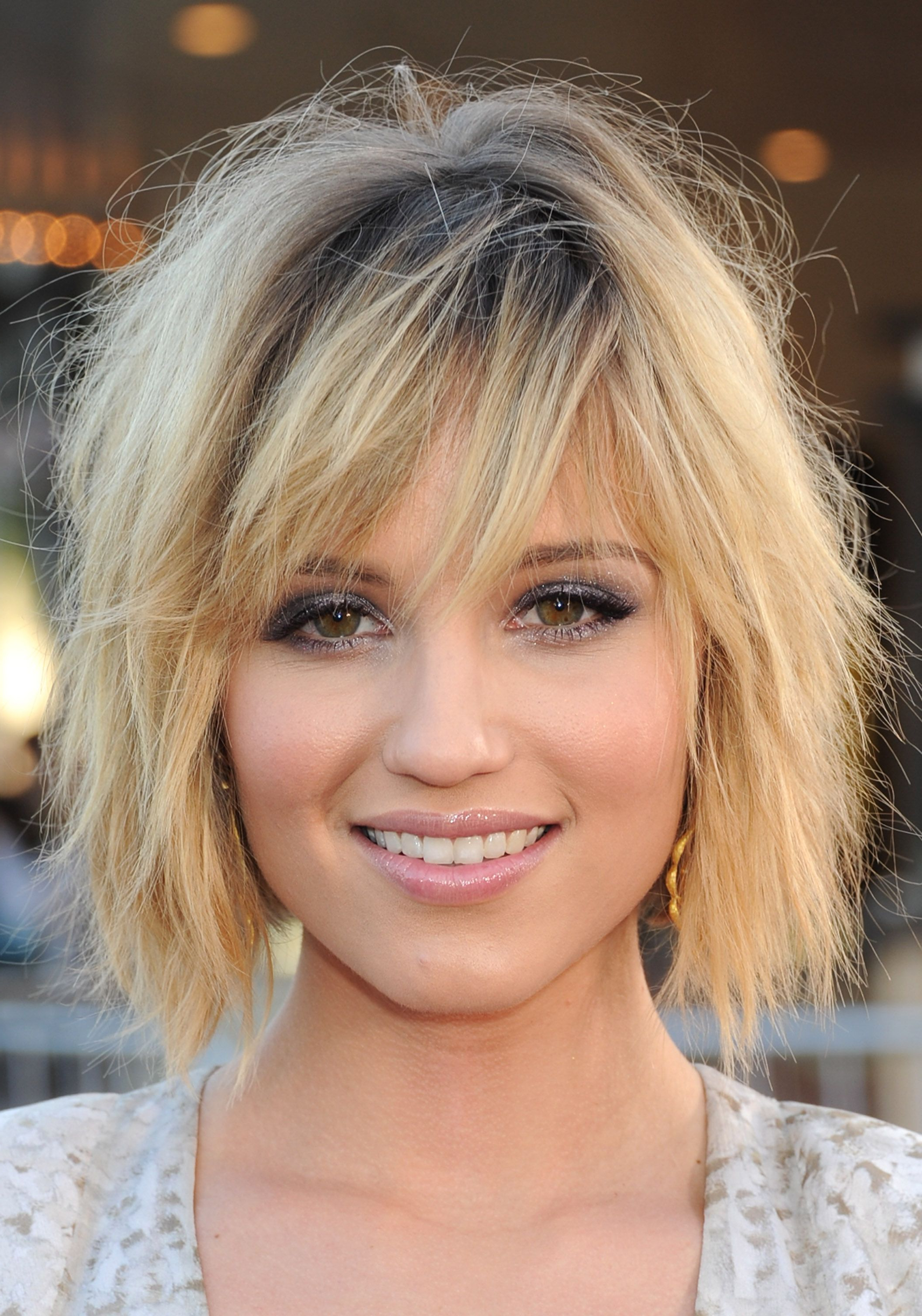 Newest Cute Choppy Shaggy Medium Haircuts In 16 Flattering Haircuts For Long Face Shapes (View 13 of 20)