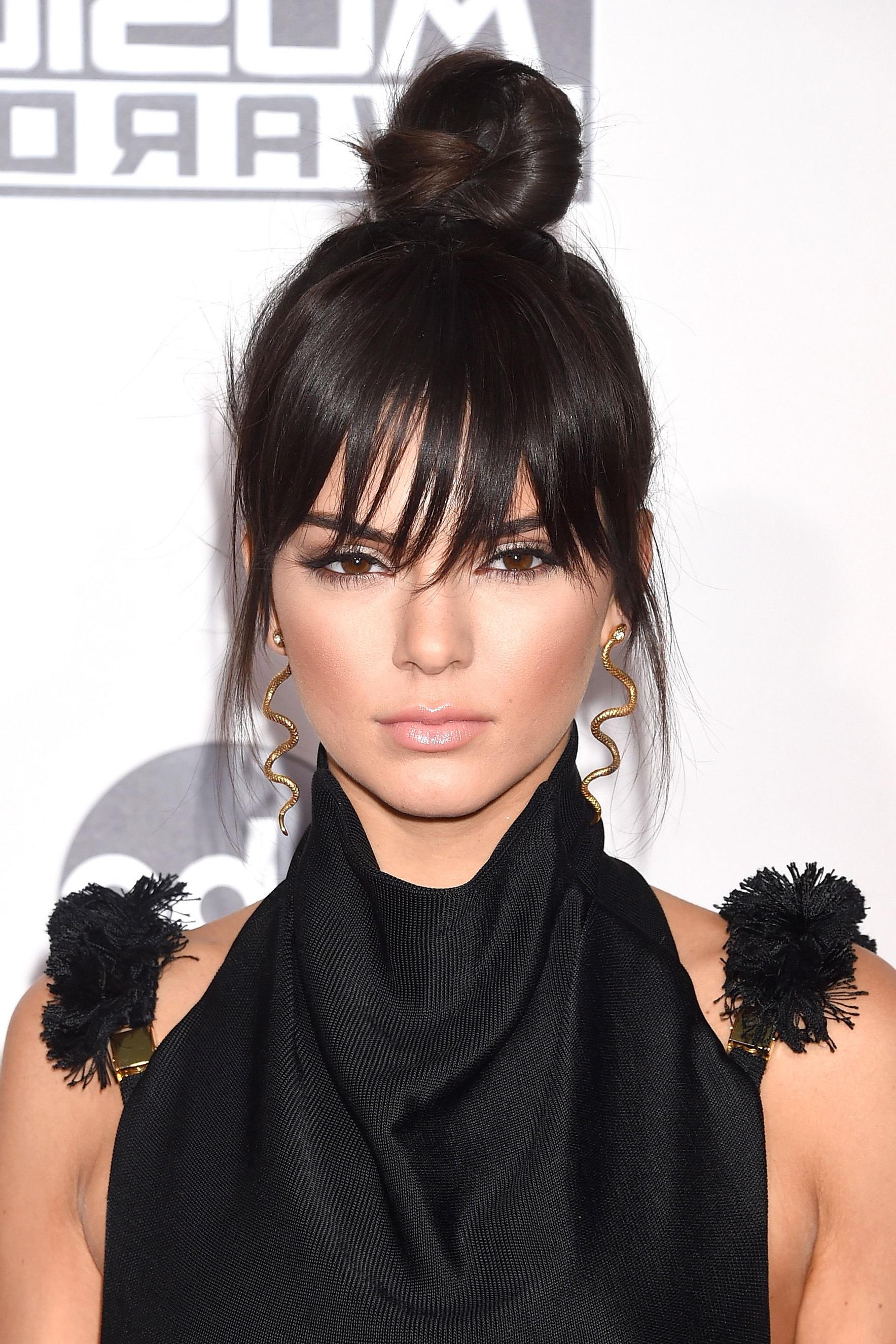 Newest Kris Jenner Medium Hairstyles Inside 65 Kendall Jenner Hair Looks We Love – Kendall Jenner's Hairstyle (View 5 of 20)