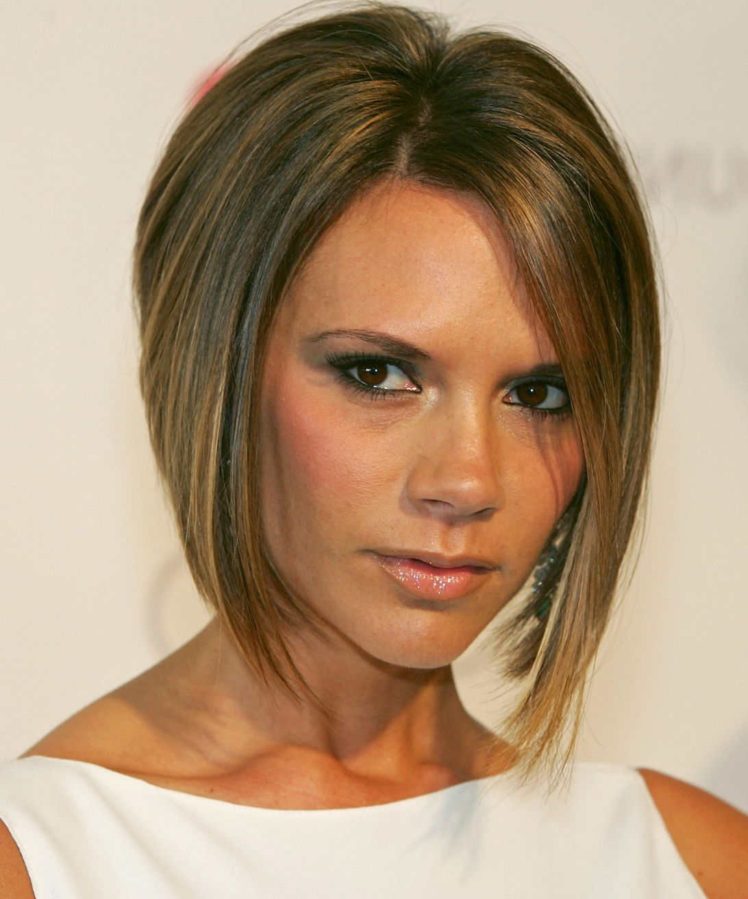 Newest Medium Hairstyles That Make You Look Younger With Top 5 Short Haircuts For Women To Make You Look Younger (View 16 of 20)