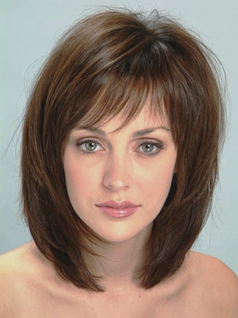 Newest Simple Medium Haircuts For Round Faces Regarding Haircut : Simple Medium Haircuts For Thick Hair Round Face Design (View 18 of 20)