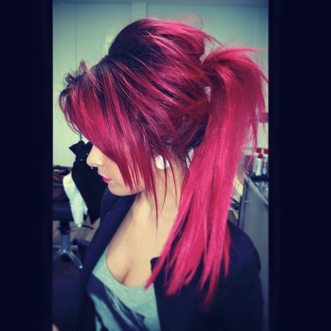 Popular Bright Red Medium Hairstyles Inside 35 Stunning New Red Hairstyles & Haircut Ideas For 2019 – Redhead Ideas (View 16 of 20)