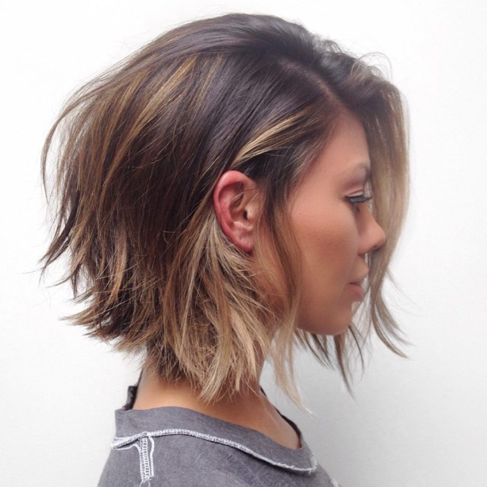Popular Brunette Feathered Bob Hairstyles With Piece Y Bangs Intended For 31 Layered Bob Hairstyles So Hot We Want To Try All Of Them (View 9 of 20)