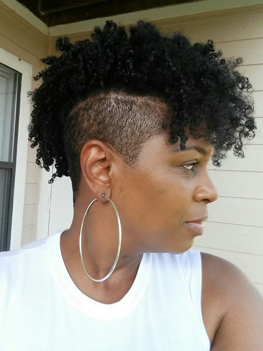 Popular Curl–Accentuating Mohawk Hairstyles Inside Natural Hair Shaved Sides/undercut Mohawk (View 15 of 20)