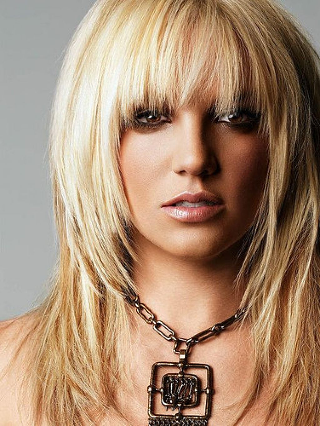 Popular Layered Medium Hairstyles With Bangs Intended For Hair Cuts : Medium Haircuts With Bangs And Layers Shoulder Length (View 13 of 20)