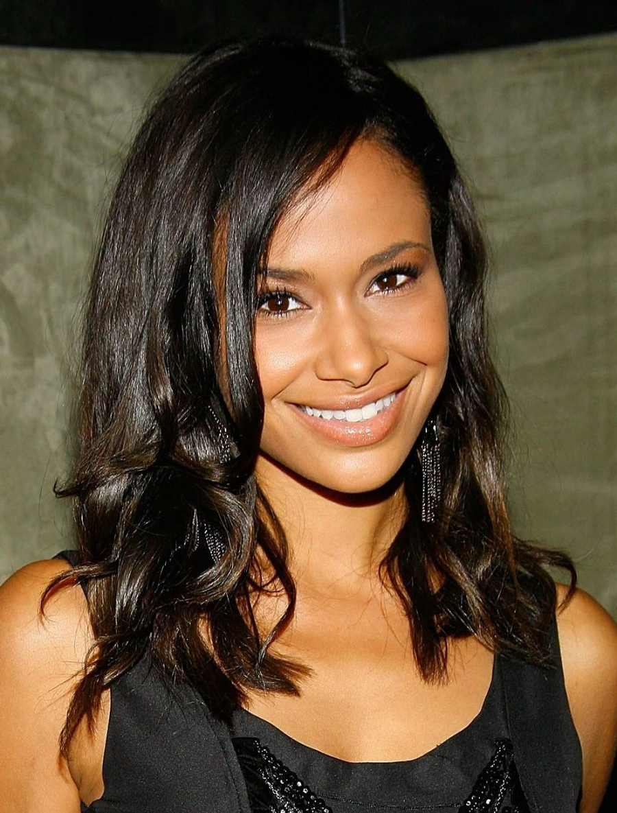 Popular Medium Hairstyles For African American Women With Thin Hair For 50 Best Medium Hairstyles For Black African American Women – (View 14 of 20)