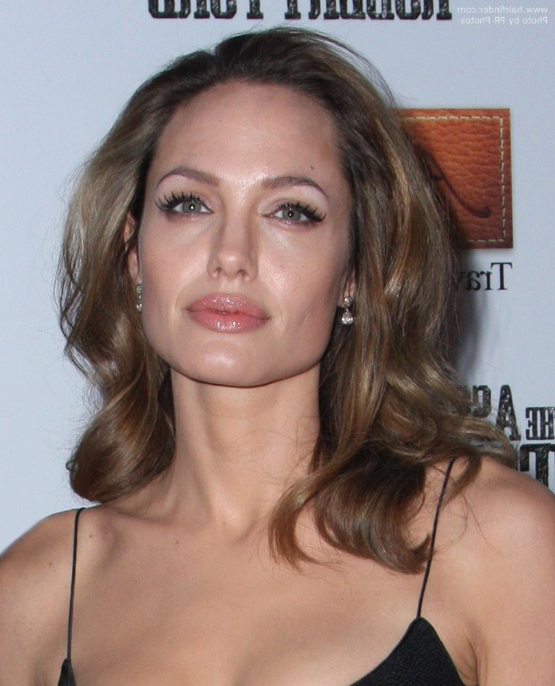 Preferred Angelina Jolie Medium Hairstyles Throughout Angelina Jolie (View 3 of 20)