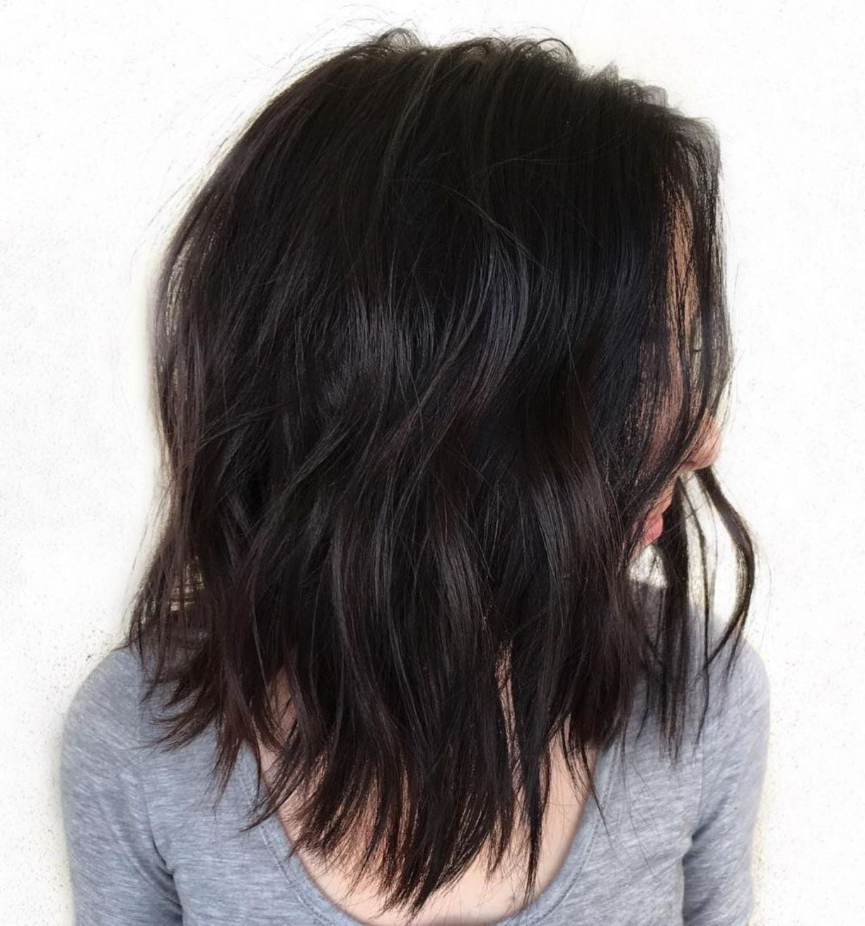 Featured Photo of Choppy Medium Hairstyles For Thick Hair