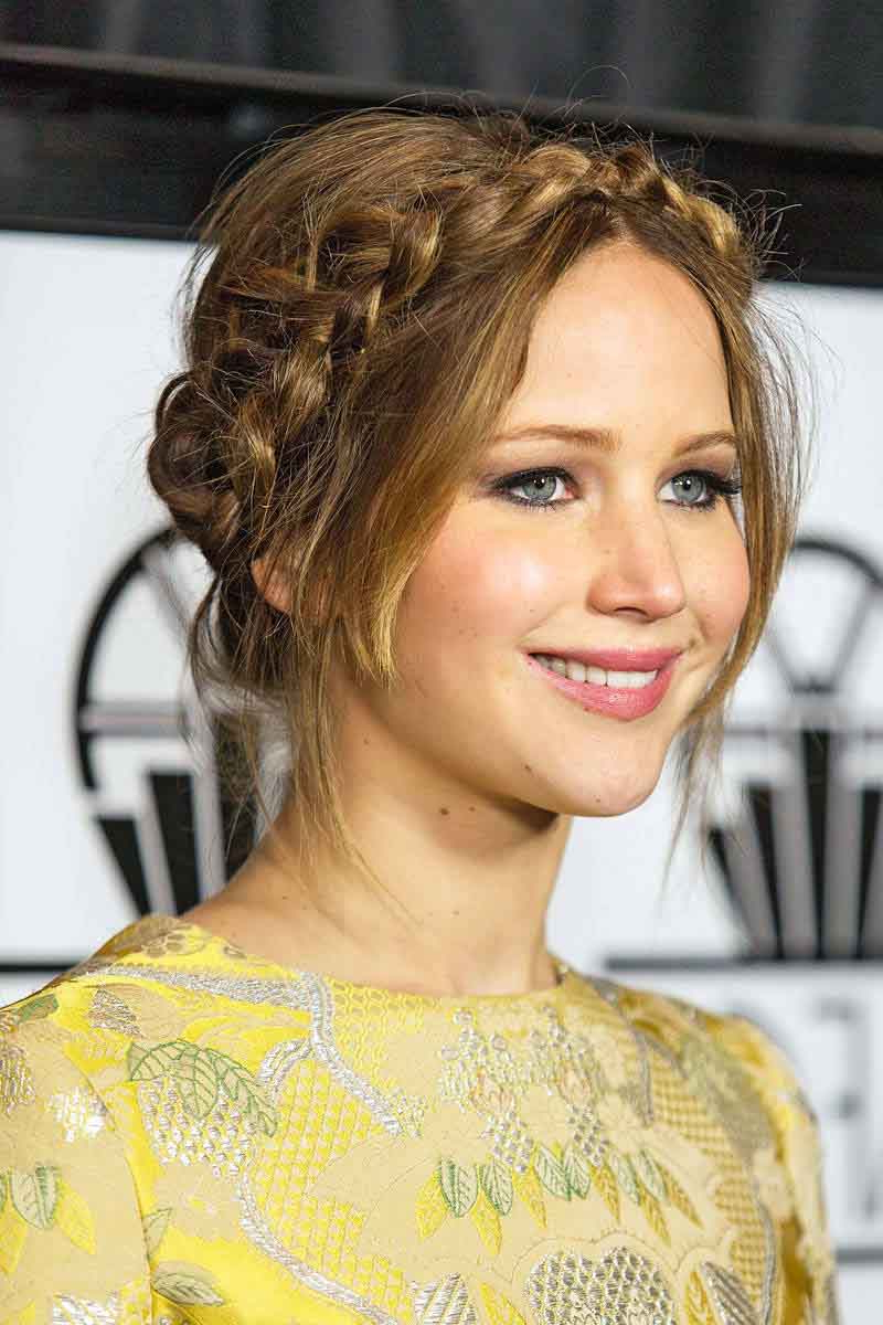 Preferred Jennifer Lawrence Medium Haircuts Pertaining To Jennifer Lawrence Hairstyles That Prove She Is The Ultimate Fashion Diva (View 19 of 20)