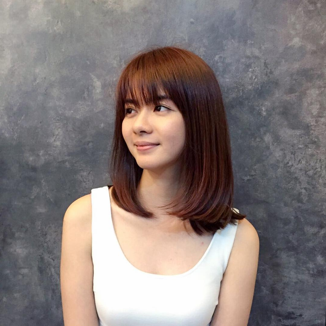 Preferred Ladies Medium Hairstyles With Fringe Intended For 36 Stunning Hairstyles & Haircuts With Bangs For Short, Medium Long (View 17 of 20)