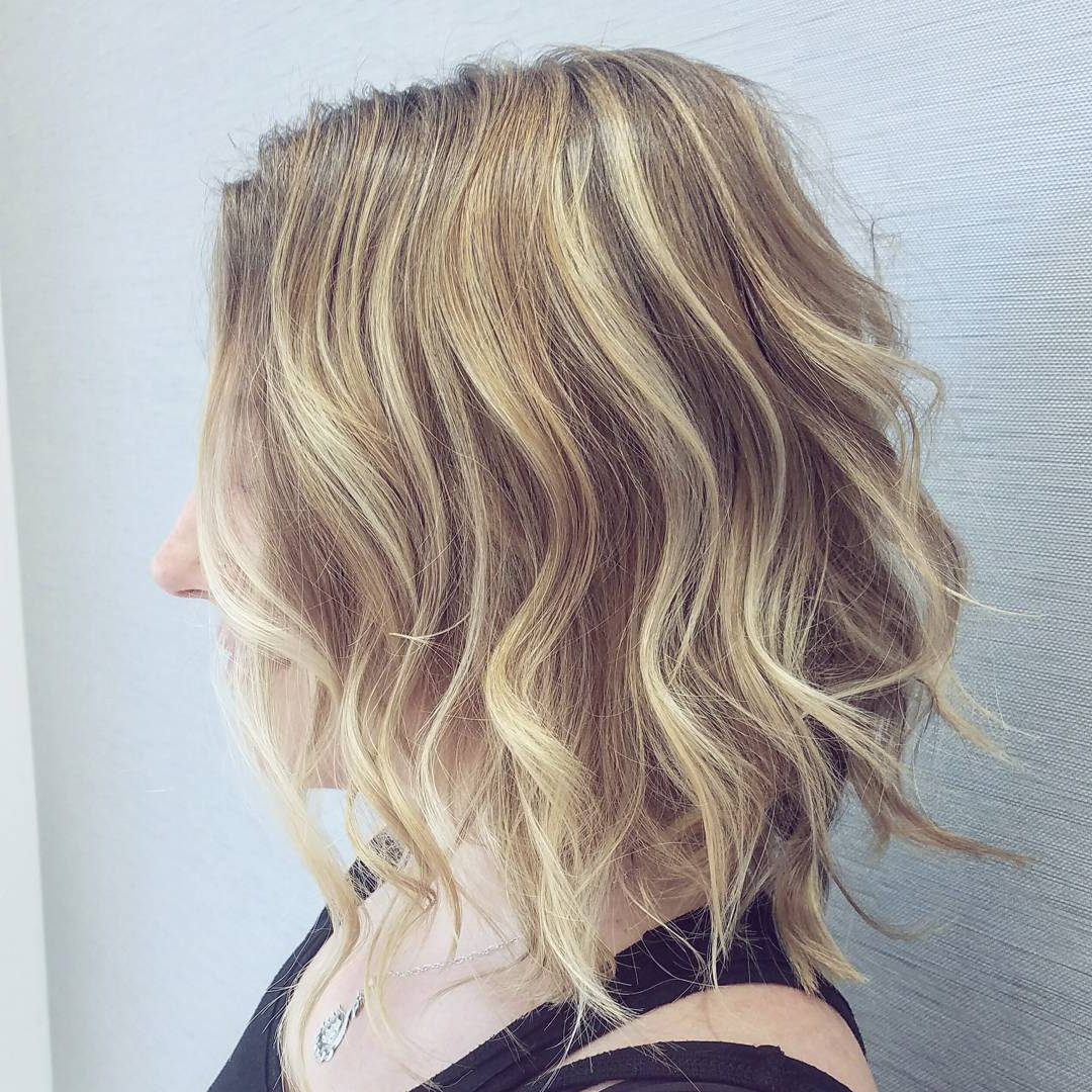 Preferred Medium Haircuts For Blondes With Thin Hair Pertaining To 10 Latest Medium Wavy Hair Styles For Women: Shoulder Length (View 18 of 20)