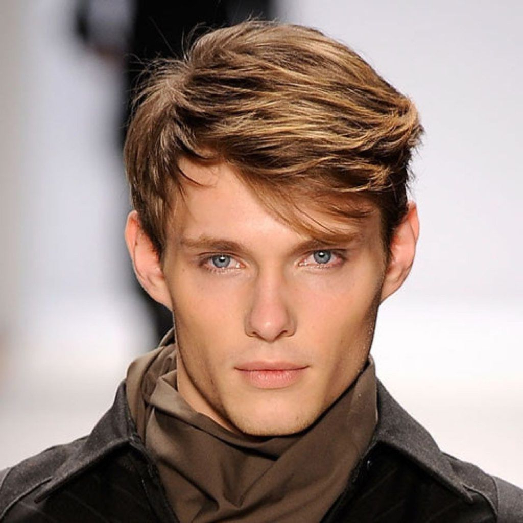 Preferred Medium Hairstyles For High Forehead Throughout 20 Best Men's Haircuts For A Big Forehead And A Round Face (View 19 of 20)