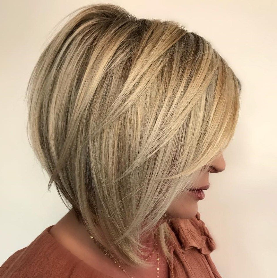 Preferred Point Cut Bob Hairstyles With Caramel Balayage In 60 Layered Bob Styles: Modern Haircuts With Layers For Any Occasion (View 18 of 20)