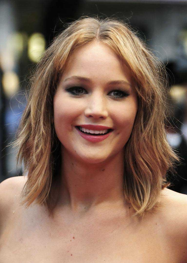 Recent Jennifer Lawrence Medium Hairstyles With Regard To Jennifer Lawrence Hairstyles That Prove She Is The Ultimate Fashion Diva (Gallery 4 of 20)