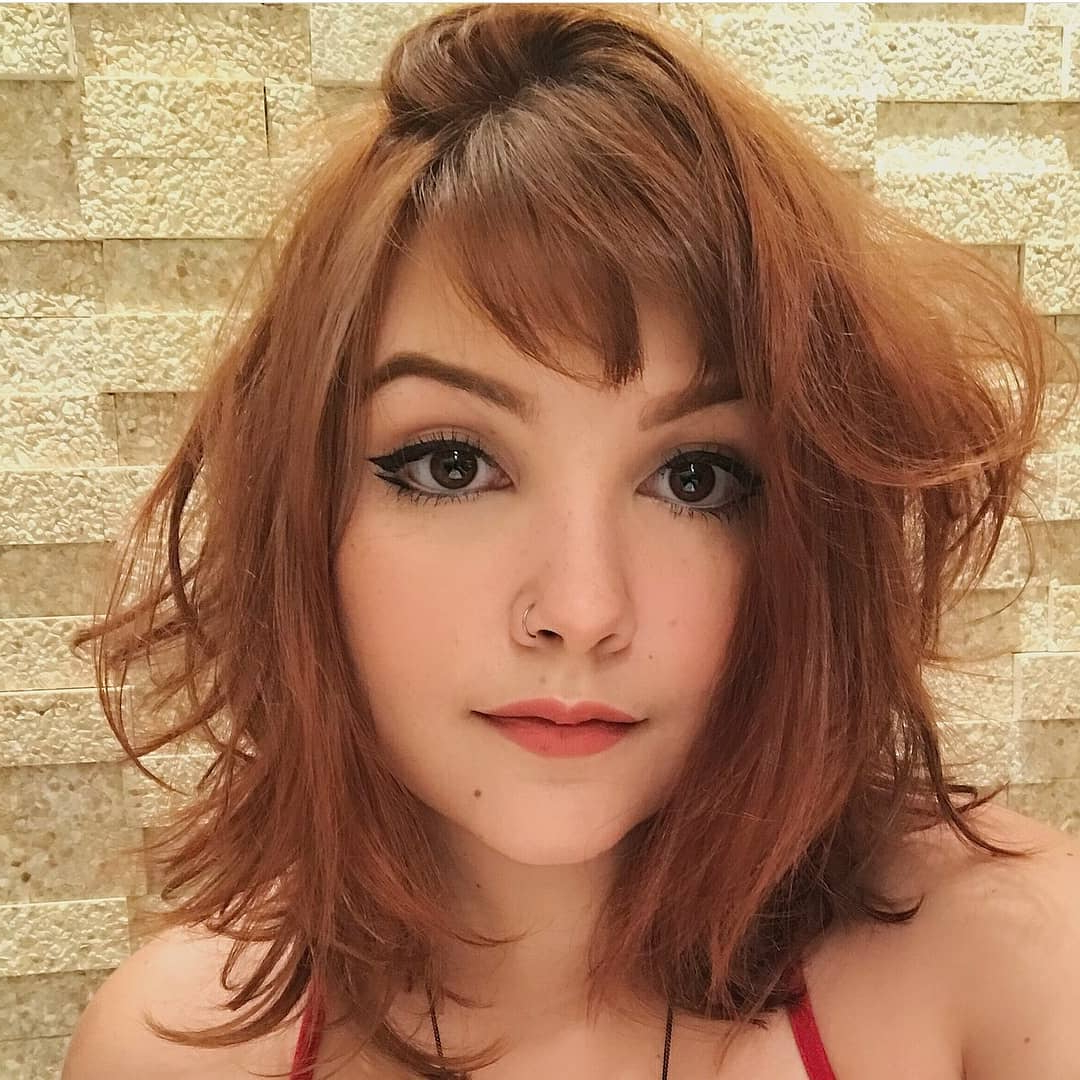Recent Medium Haircuts With Bangs For Fine Hair Within 10 Classic Shoulder Length Haircut Ideas – Red Alert! Women (View 18 of 20)