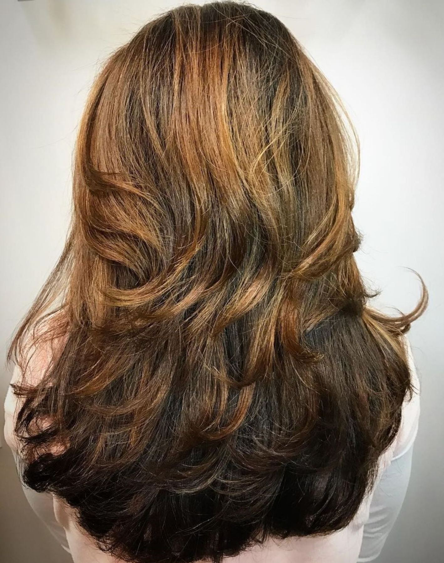 Recent Two Tier Lob Hairstyles For Thick Hair Intended For 50 Lovely Long Shag Haircuts For Effortless Stylish Looks (View 4 of 20)